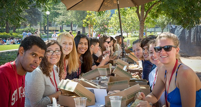 Students at Zero Waste Lunch